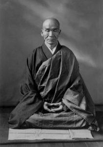 Maître Kodo Sawaki en zazen