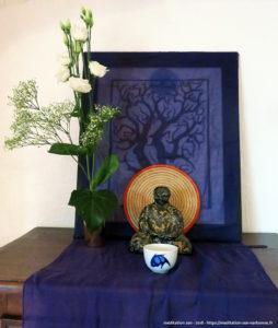 Retraite zen à Lacan en 2018 - Le petit autel du réfectoire